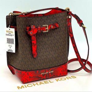 Michael Kors Emilia Small Bucket Messenger